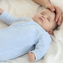 Чем лучше лечить гнойную ангину у ребенка