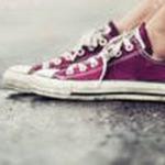 Как очистить обувь от смолы?
