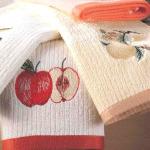 Пятна на кухонных полотенцах и скатерти