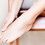 Чрезмерная потливость ног: что делать?