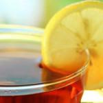 Пятна от чая: чем их вывести?