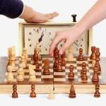 Как научить ребенка шахматам?